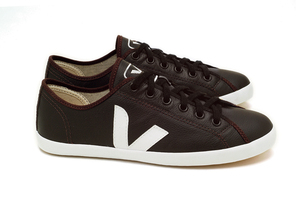 Tau Leather - Veja