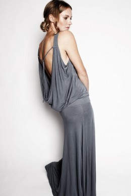 MAXI DRESS BACKLESS - Hati-Hati