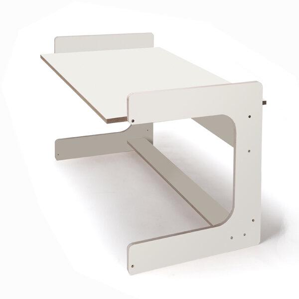 melino kinderschreibtisch der tisch mit dem dreh von. Black Bedroom Furniture Sets. Home Design Ideas